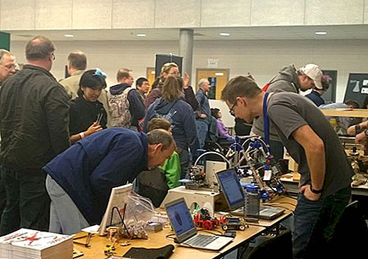 Workbench Makerspace di NoVa Mini Maker Faire